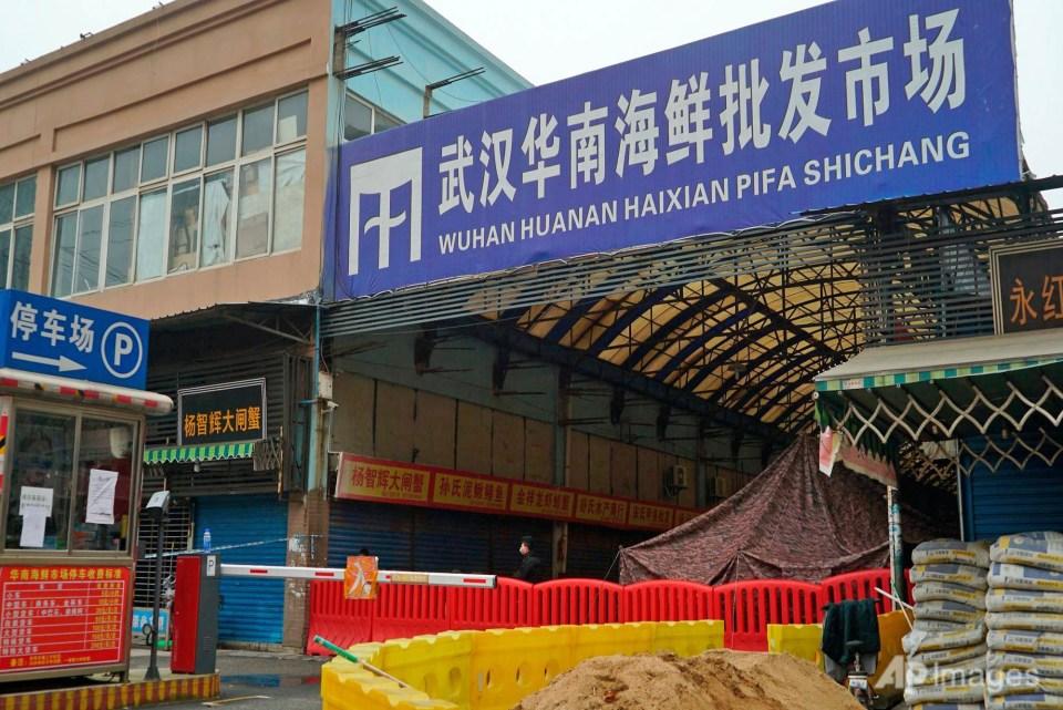 Wuhan Huanan seafood market
