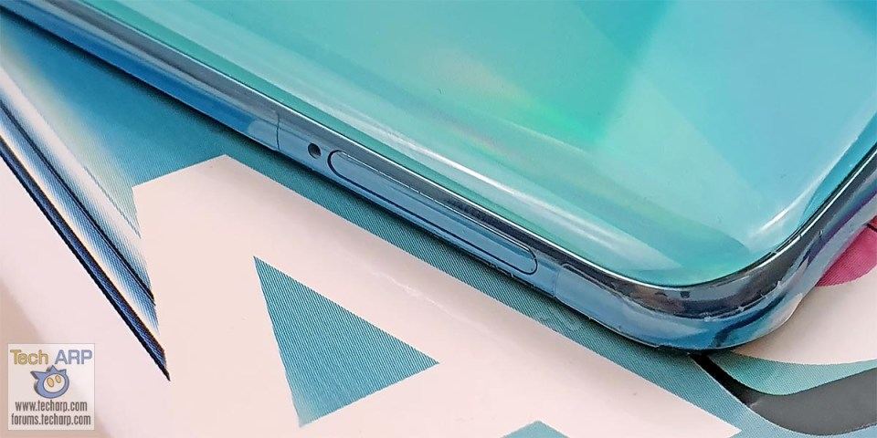 Samsung Galaxy A51 left side