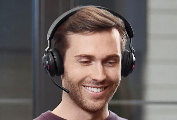 Jabra Evolve2 65 : Wireless Headset For The Workplace!