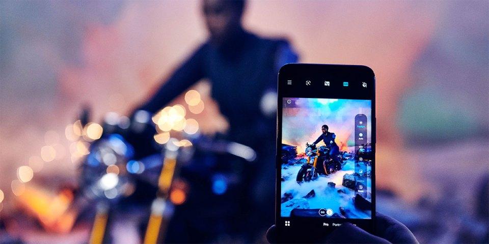 Nokia 8.3 5G : No Time To Die Marketing Photoshoot