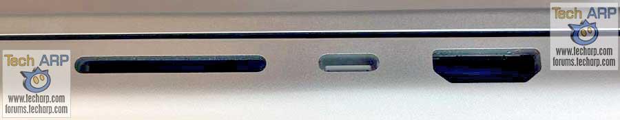 2021 Apple MBP right ports