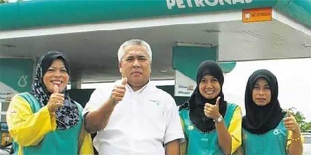 Fact Check : FREE Petronas Petrol This February?