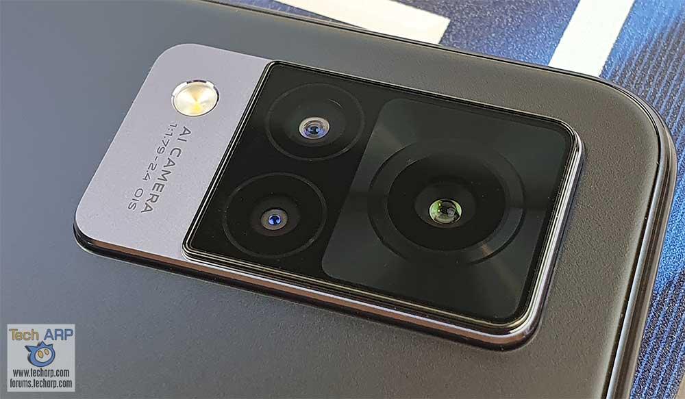 vivo V21 rear camera system