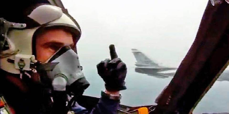 Did US Air Force Pilots Resign Over Vaccine Mandate?
