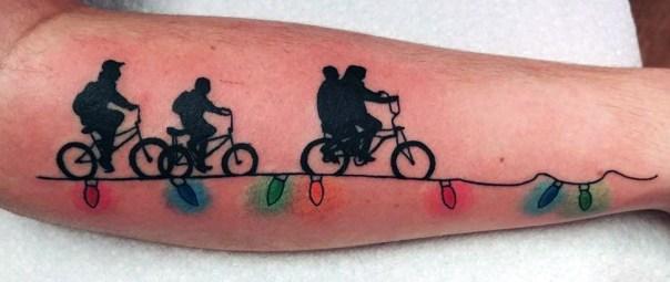 Sabrina 'ZillahCreations' stranger things geek peau best of tattoo