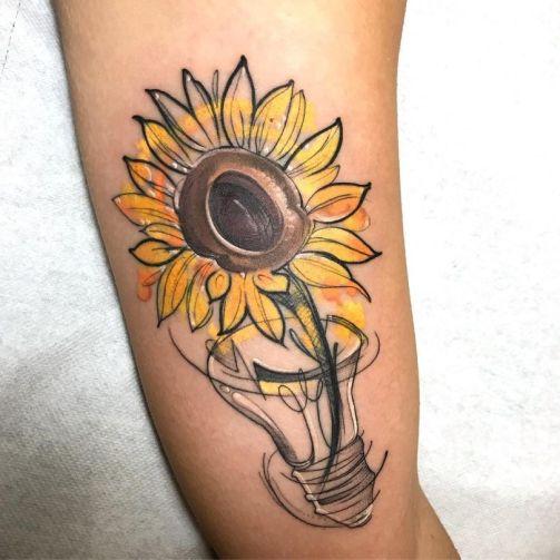 Sunflower tattoos ideas for women (23)