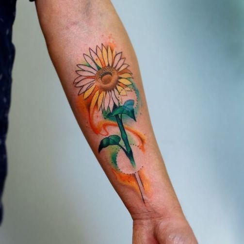 Sunflower tattoos ideas for women (31)