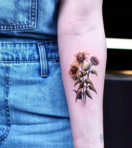 Sunflower tattoos ideas for women (33)