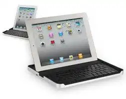 Logitech keypad for iPad at CES 2013