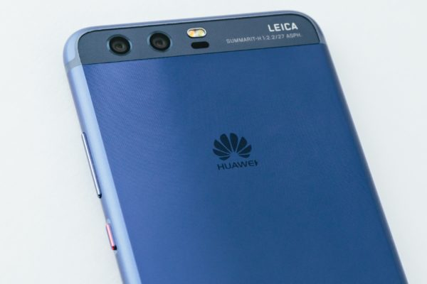 Huawei P10 & P10 Plus Specifications, Huawei P10 & P10 Plus Features, Huawei P10 & P10 Plus Availability, Huawei P10 & P10 Plus Price, Huawei P10 & P10 Plus Camera, Huawei P10 & P10 Plus Processor, Huawei P10 & P10 Plus RAM, Huawei P10 & P10 Plus DIsplay, Huawei P10 & P10 Plus Design, Huawei P10 & P10 Plus Battery, Huawei P10 & P10 Plus Android, Huawei P10 & P10 Plus Performance, Huawei P10 & P10 Plus Chipset, Huawei P10 & P10 Plus Connectivity