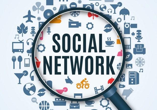 Offline Entrepreneurs in Online Context