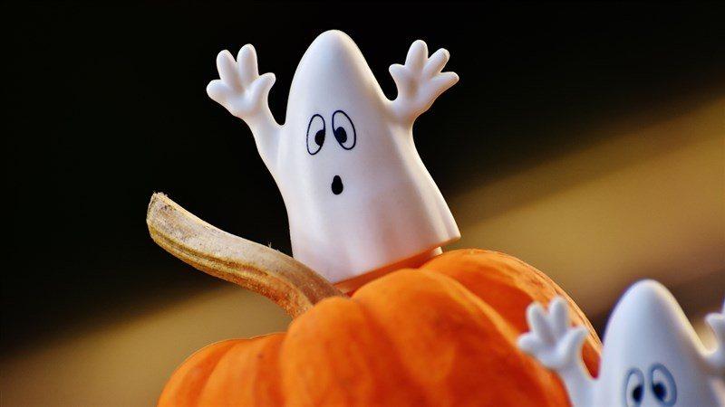 Spooky Ghost Wallpaper
