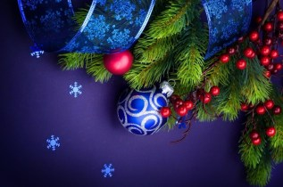 Christmas Decorations Snowflakes and ribbon wallpaper