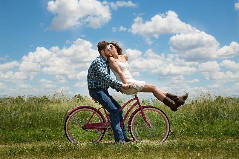 Couple Photoshoot Idea 14