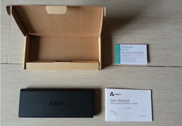 aukey-6000mah-confezione