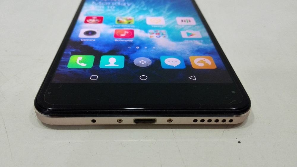 Camon CX review