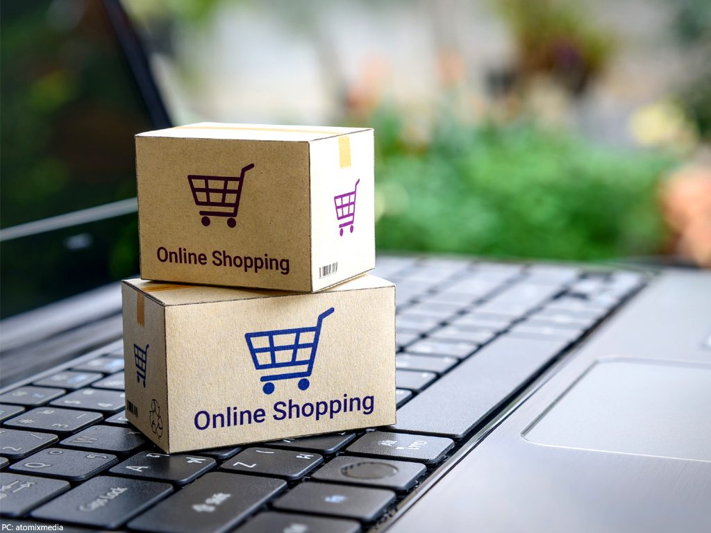 A-Way-Forward-For-Online-Shopping-Companies-And-Customers-In-India