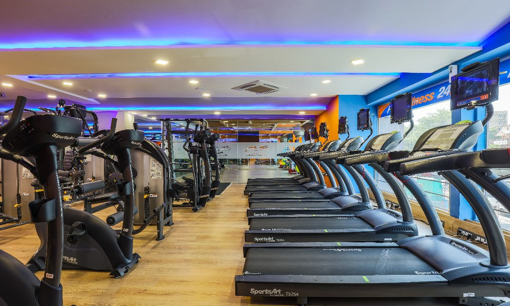 Should you buy a gym franchise?