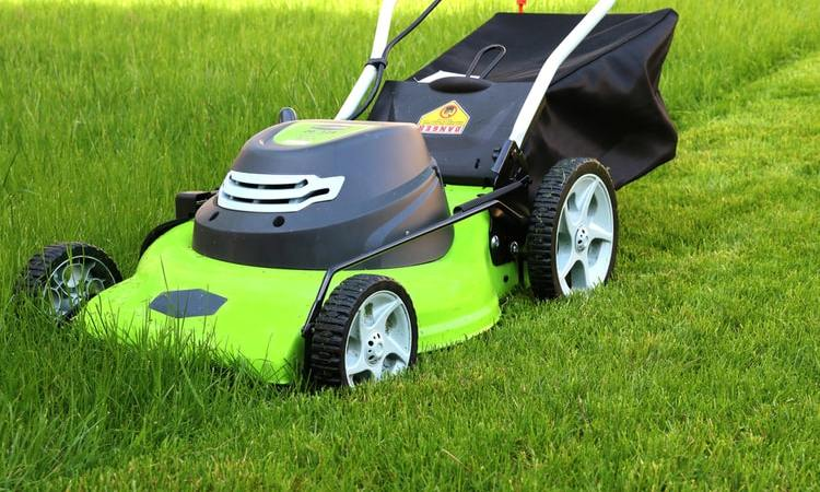 Why Should We Use Electric Lawn Mower?