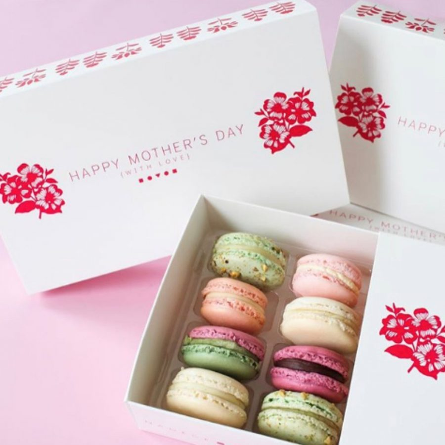 Cakes and Gifts Delivery in Canada on Budget