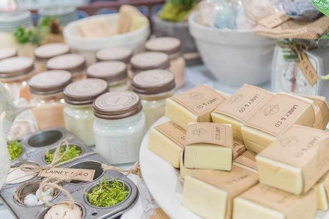 5 Reasons to switch to natural organic soaps for your skin