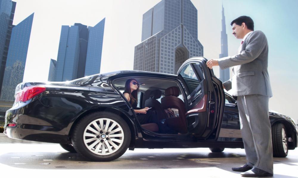 Increasing Demand of Driving Chauffeur in Dubai