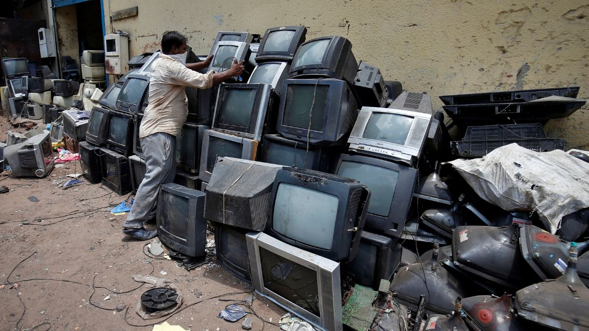 The Do's And Don'ts Of Proper Electronic Waste Disposal