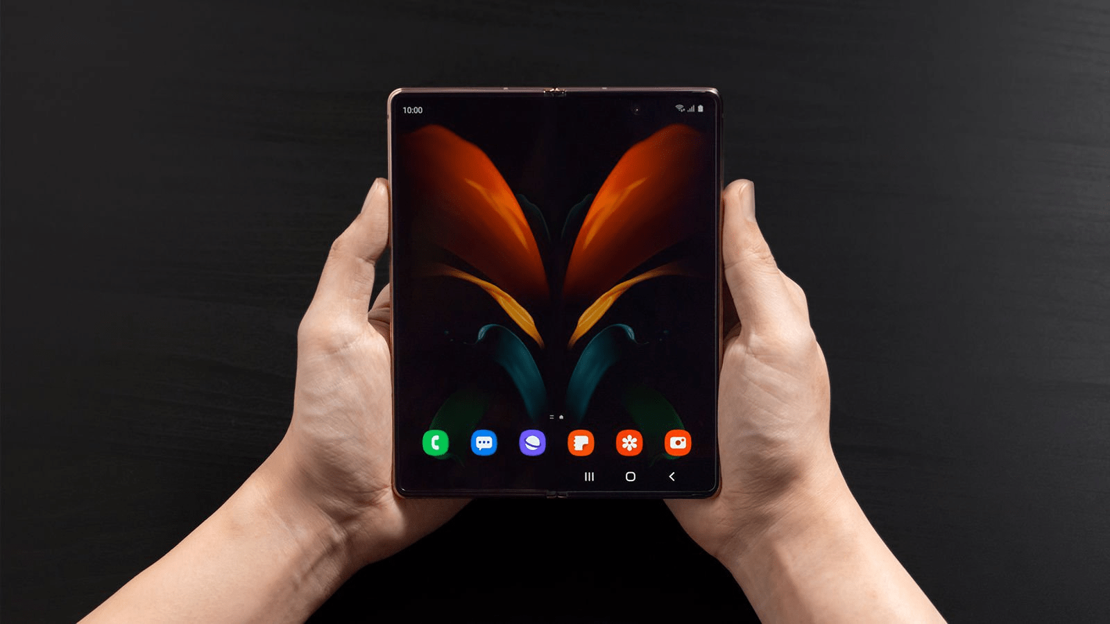The Samsung Galaxy Z Fold 2 features are worth the hype