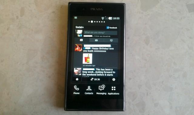 LG Prada 3 4.jpg