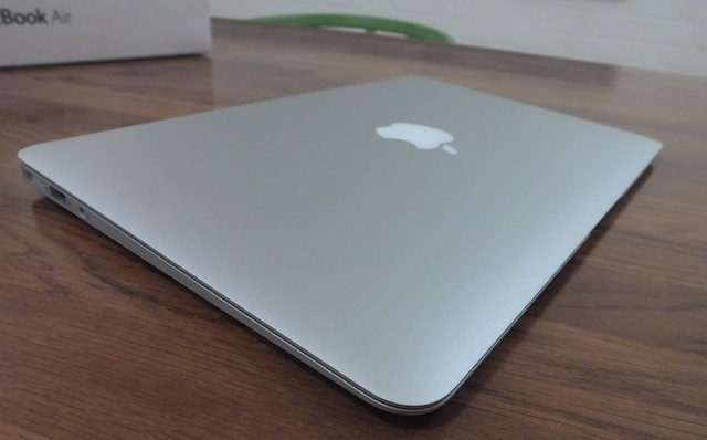MacBook-Air-11-inch-2013-09.JPG