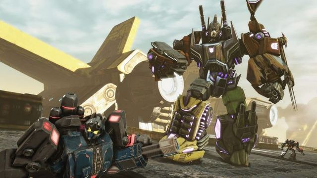 Transformers-Fall-of-Cybertron-Bruticus.jpg