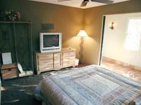 bedroom-tv-stupidity-survey.jpg