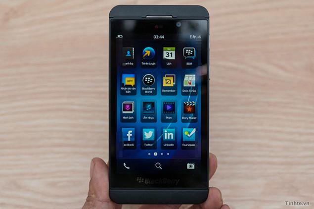 blackberry-10-ui-top.jpg