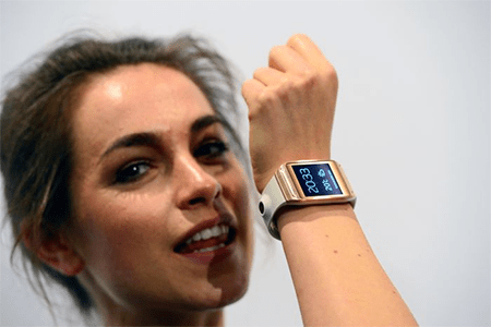 One of the newer smartwatches is the Samsung Galaxy Gear - and given Samsung are mobile giants, this could be the one that puts smartwatches on the map. It has a touchscreen, it runs apps and get this - it even has a 1.9 megapixel camera built into the st