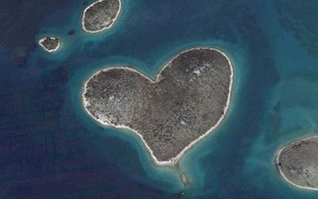 heart-shaped-island.jpg