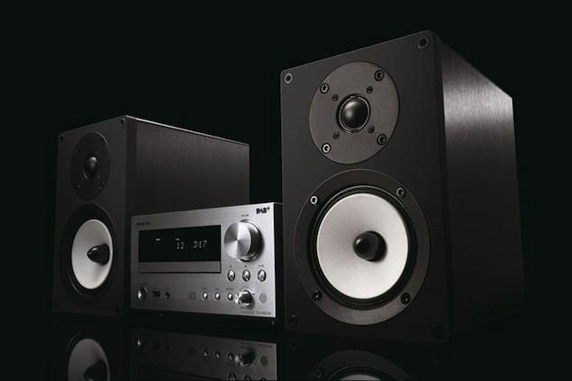 onkyo-mini-hifi-receiver.jpg