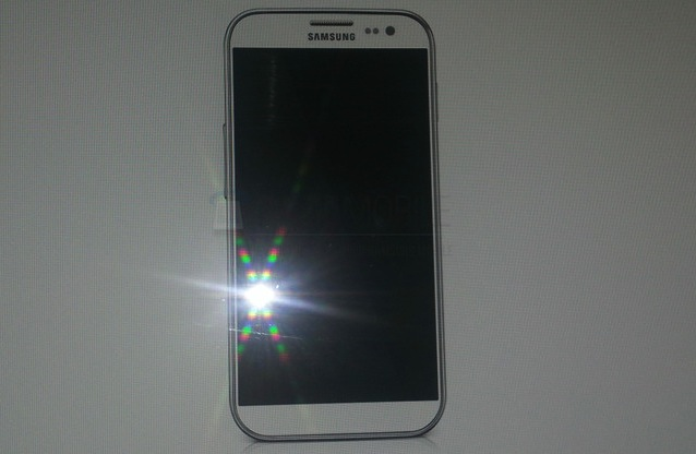 samsung-Galaxy-S4-Leak-02.jpg