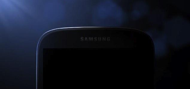 samsung-galaxy-s-4-tease-thin-top.jpg