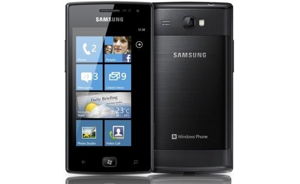 Samsung Omnia W Windows Phone 75 Mango phone goes