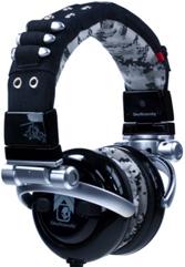 skullphones.jpg