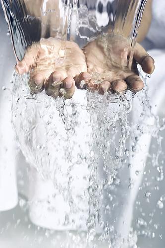 splash-hands.jpg