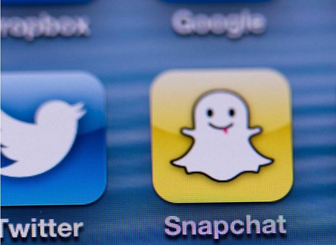 snapchat-facebook