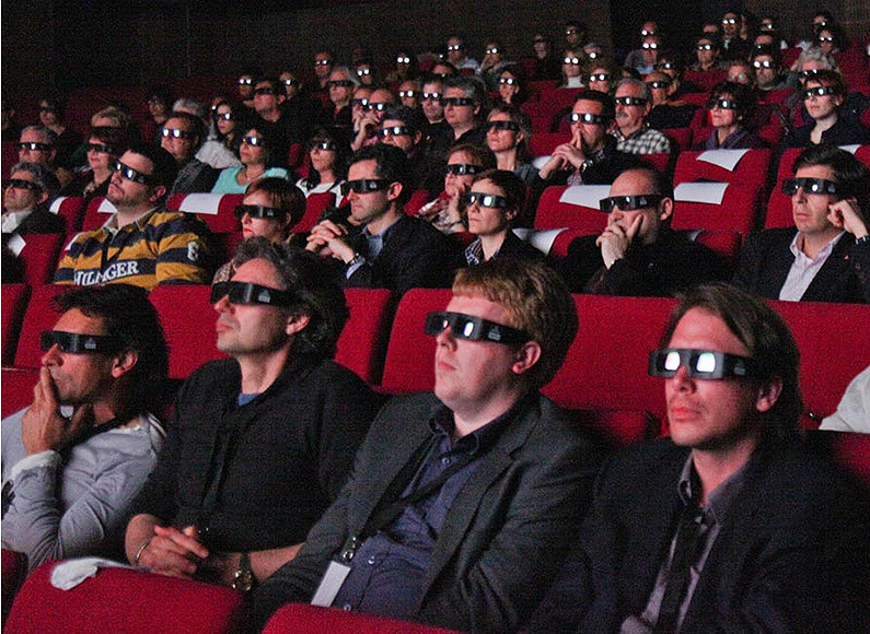 3d-cinema-audience