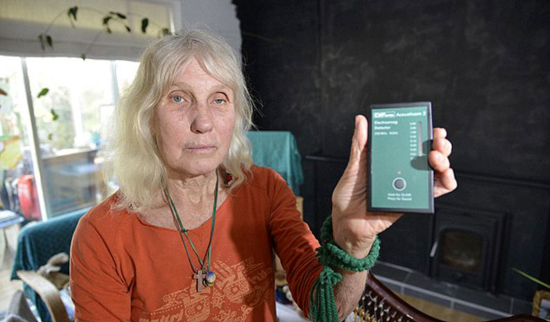 grandmother-wi-fi-proof-house