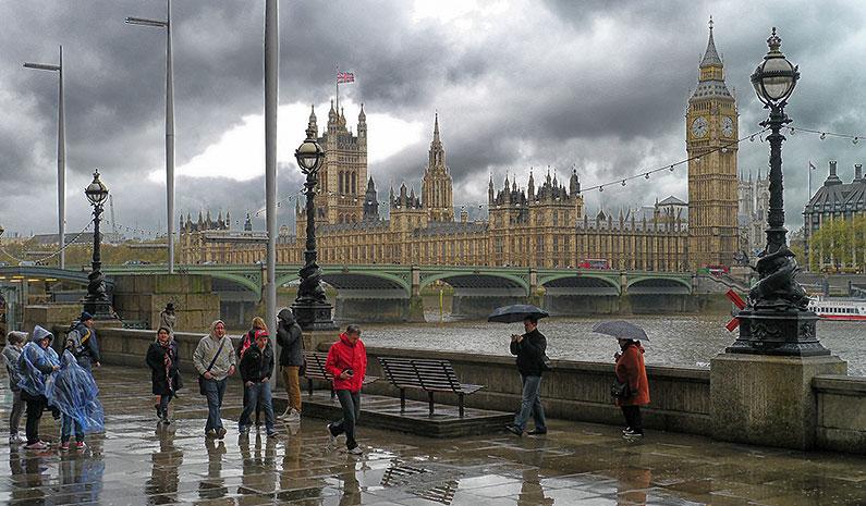rainy-day-in-london