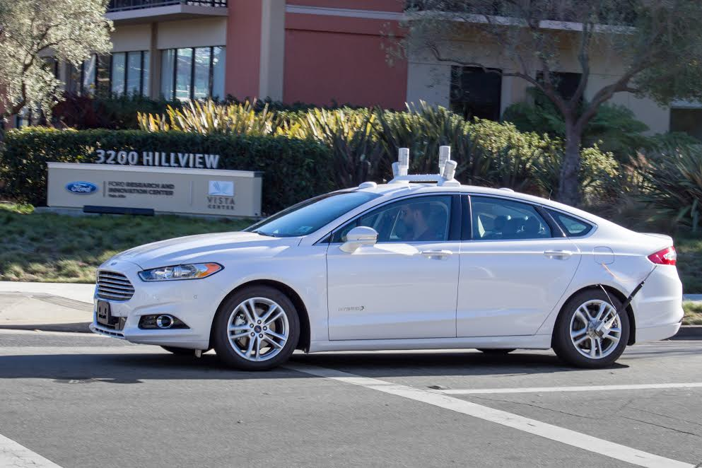 Ford has secured an autonomous vehicle driving permit to test the fully autonomous Fusion Hybrid on California public roads.