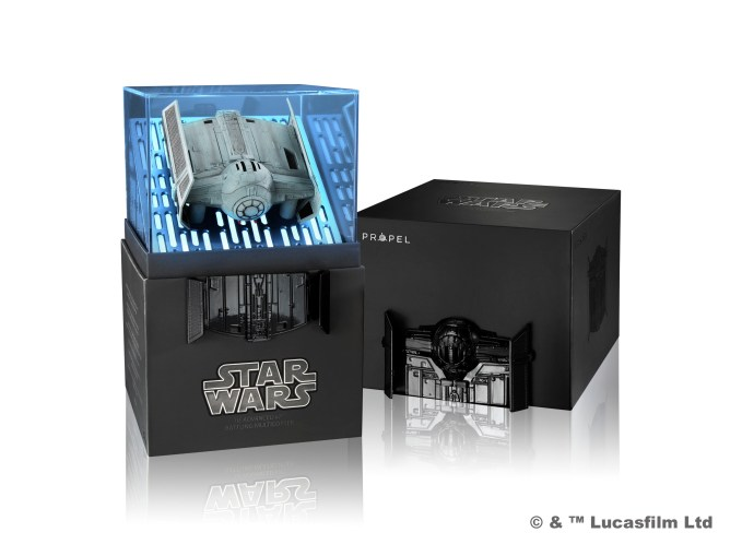 z-160722-propel-0580-star_wars-tie_advanced-box-open-v3