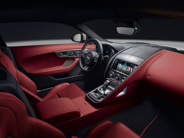 JAGUAR_F-TYPE_18MY_R-Coupe_051216_0900_GMT_Studio_Interior_01.jpg