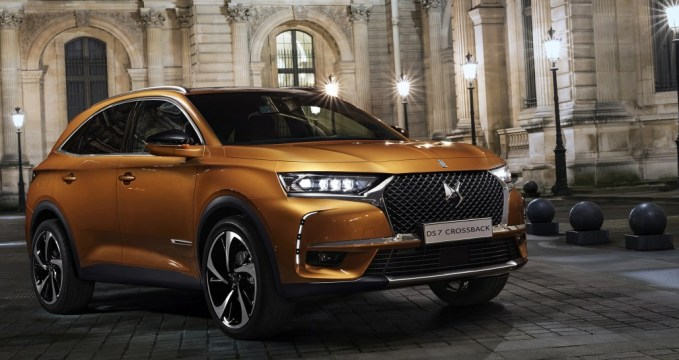 - 20170228 DS 7 CROSSBACK in Paris 1 1030x545 - Review: DS 7 Crossback SUV – a luxury car for our times?