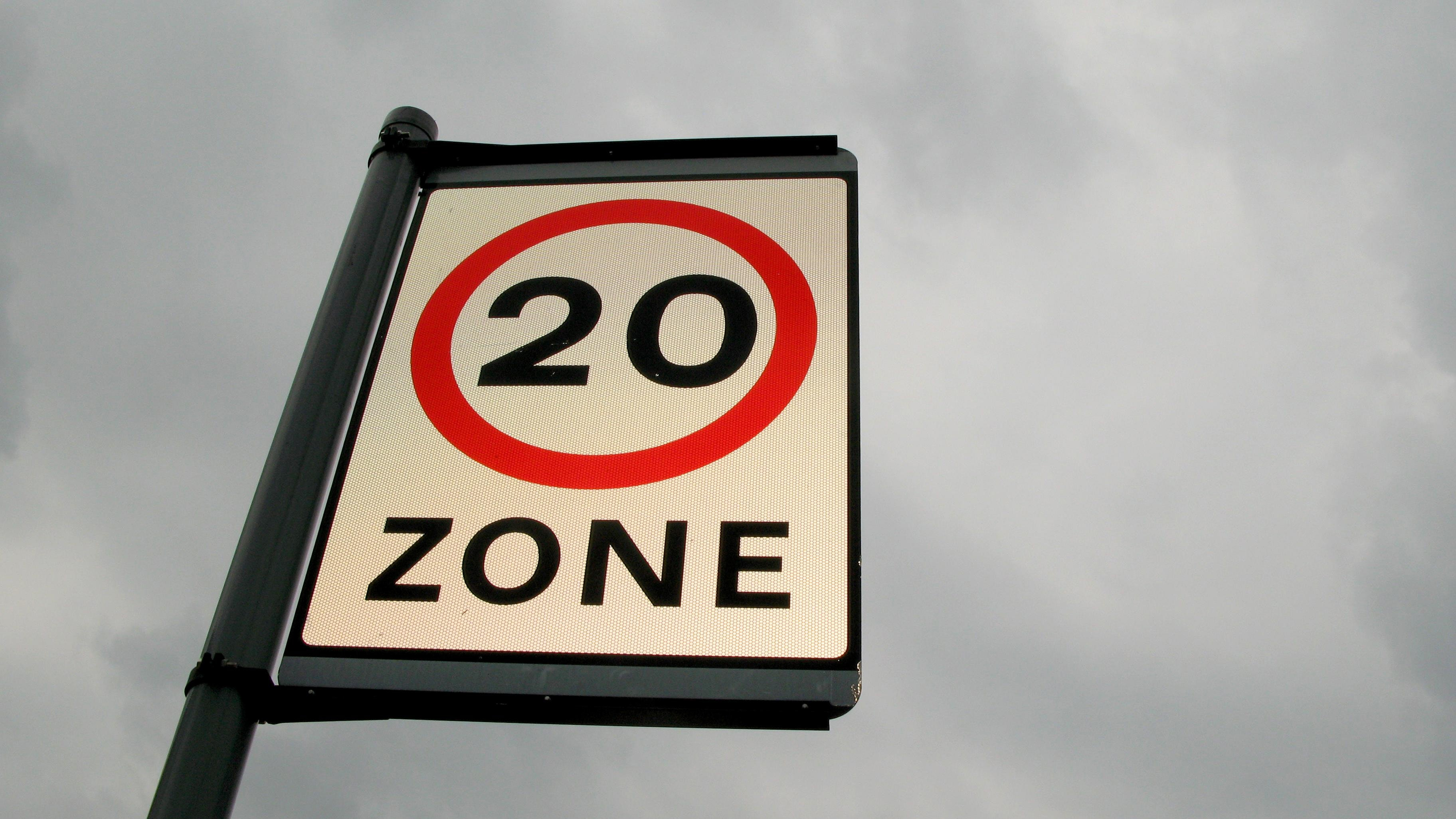 UK set to adopt new EU speed-limiting rules for cars - Tech
